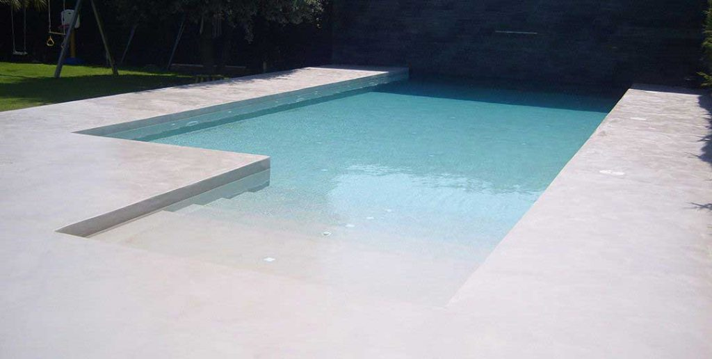 ¿Qué es el microcemento para piscinas?
