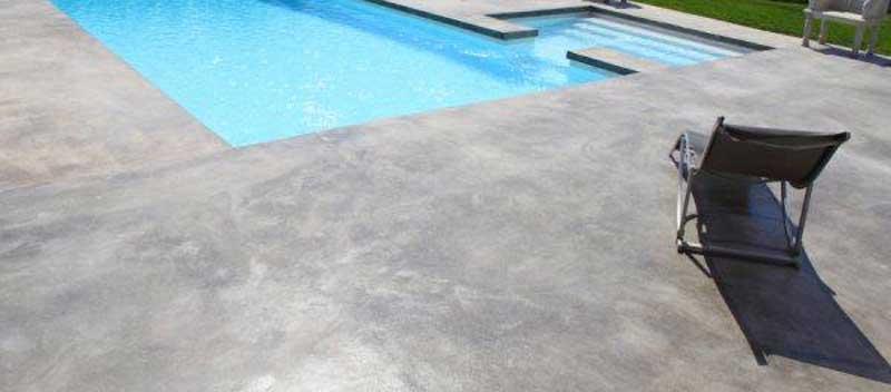 suelo de microcemento para piscinas