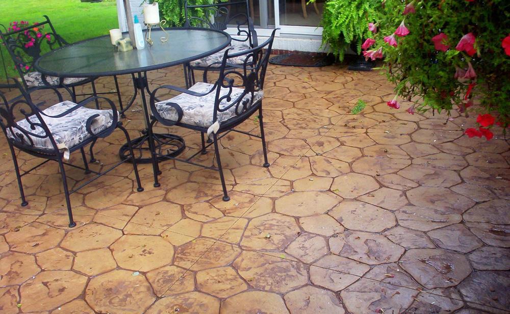 patio hormigón imitación piedra